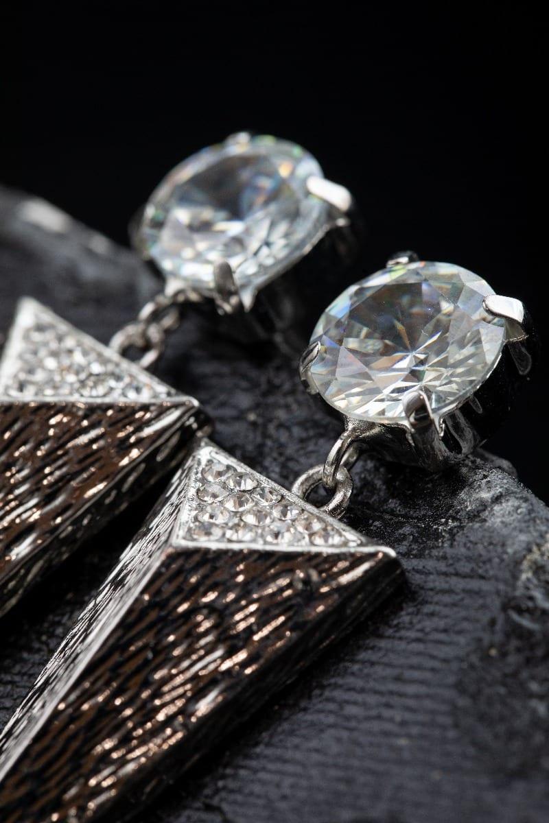 Cubic Zirconia triangle Spike Earring -5002