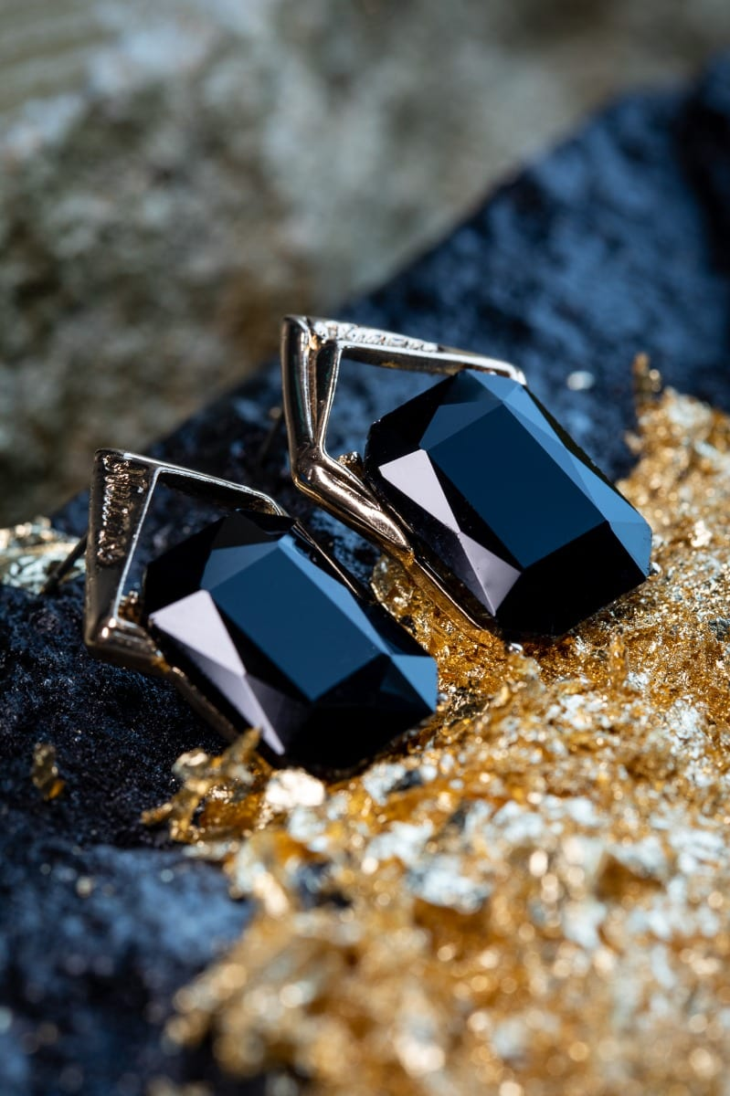 Black Rectangular Stud Earring -5023